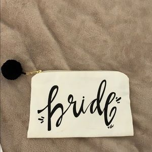 Bride zip case with puff